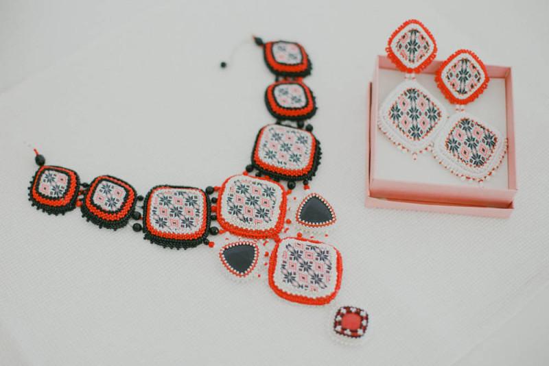 Bijuteriile miresei, inspirate din traditia romaneasca