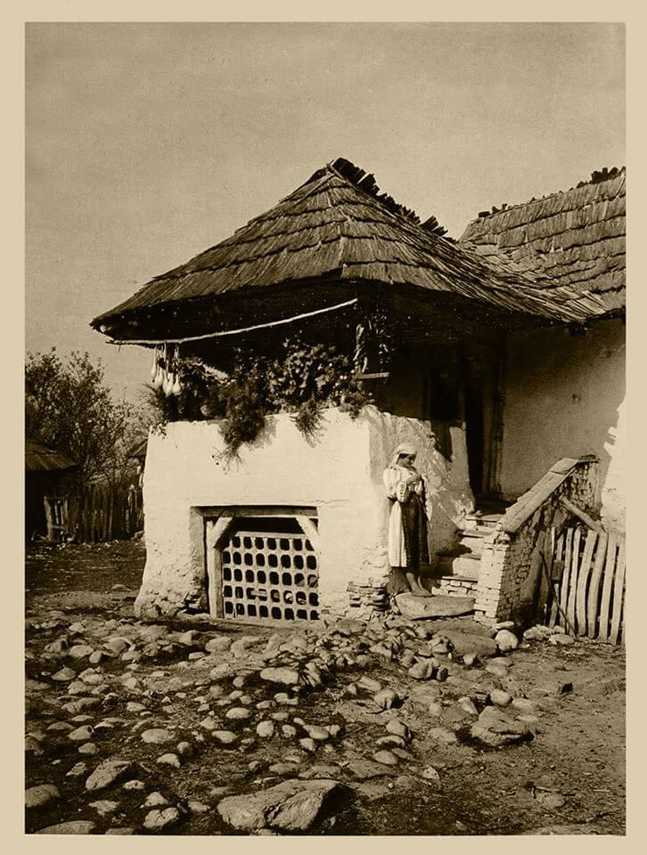 Casa taraneasca 1932 judetul Valcea Photo Historia
