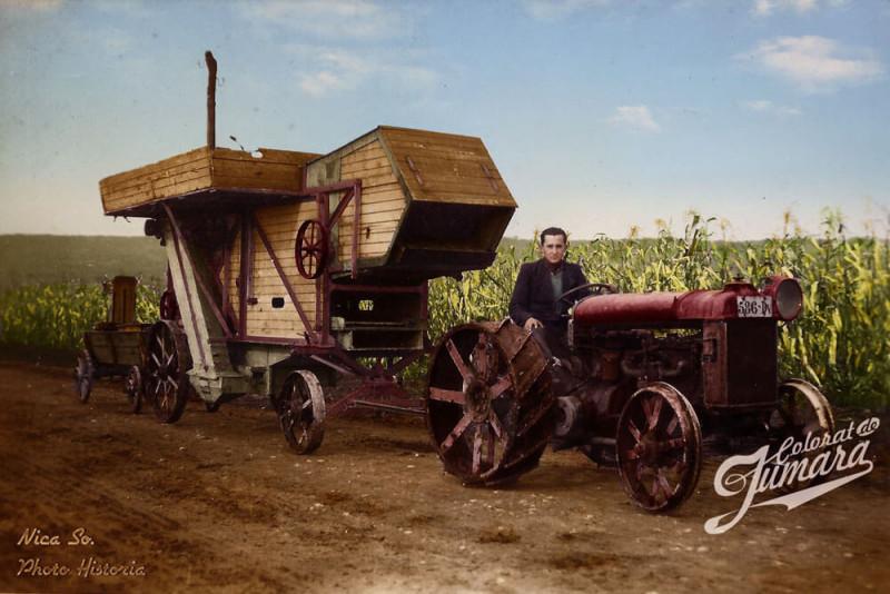 Cu batoza la treierat in anii 1940 sursa foto Photo Historia editare color Jumara