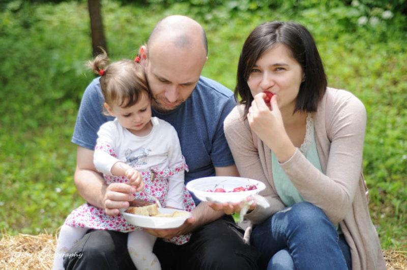 Petrecere Campeneasca in gradina, Adopta un Taran
