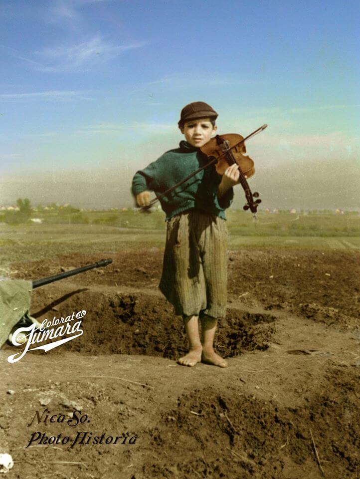 Romania, al Doilea Razboi mondial, Photo Historia editare color Jumara
