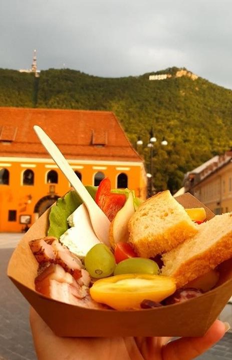 slow food Brasov Piata Sfatului